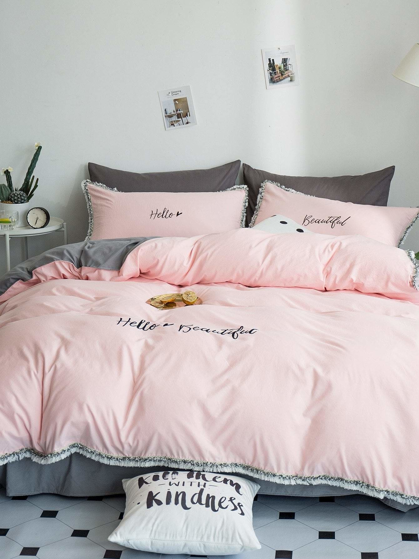 Solid Letter & Tassel Sheet Set