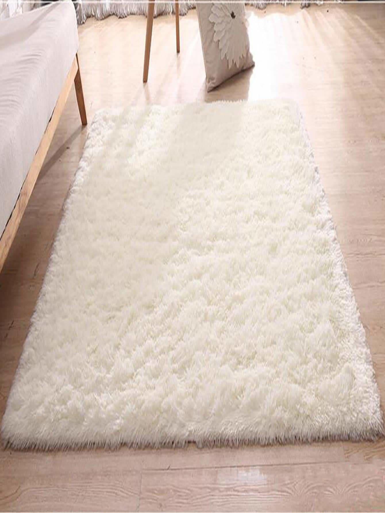 Solid Plush Bed Room Rug - One-Size / White - Rugs & Mats