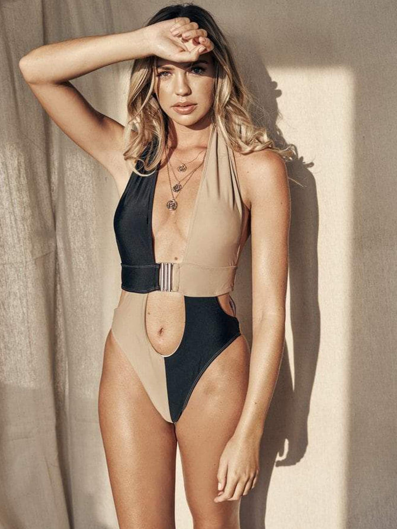 Two Tone Color Cut-out Buckle Halter Monokini - S - One Piece Swimwear