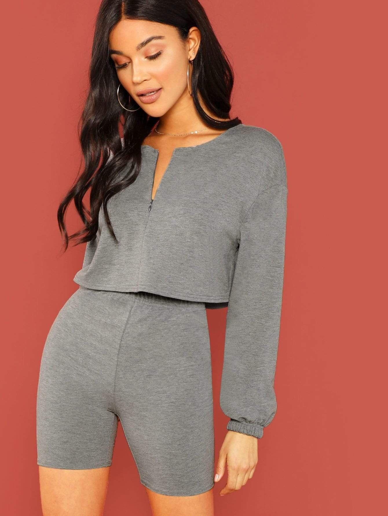 V Cut Neck Crop Top And Leggings Shorts Set - Sportsuit