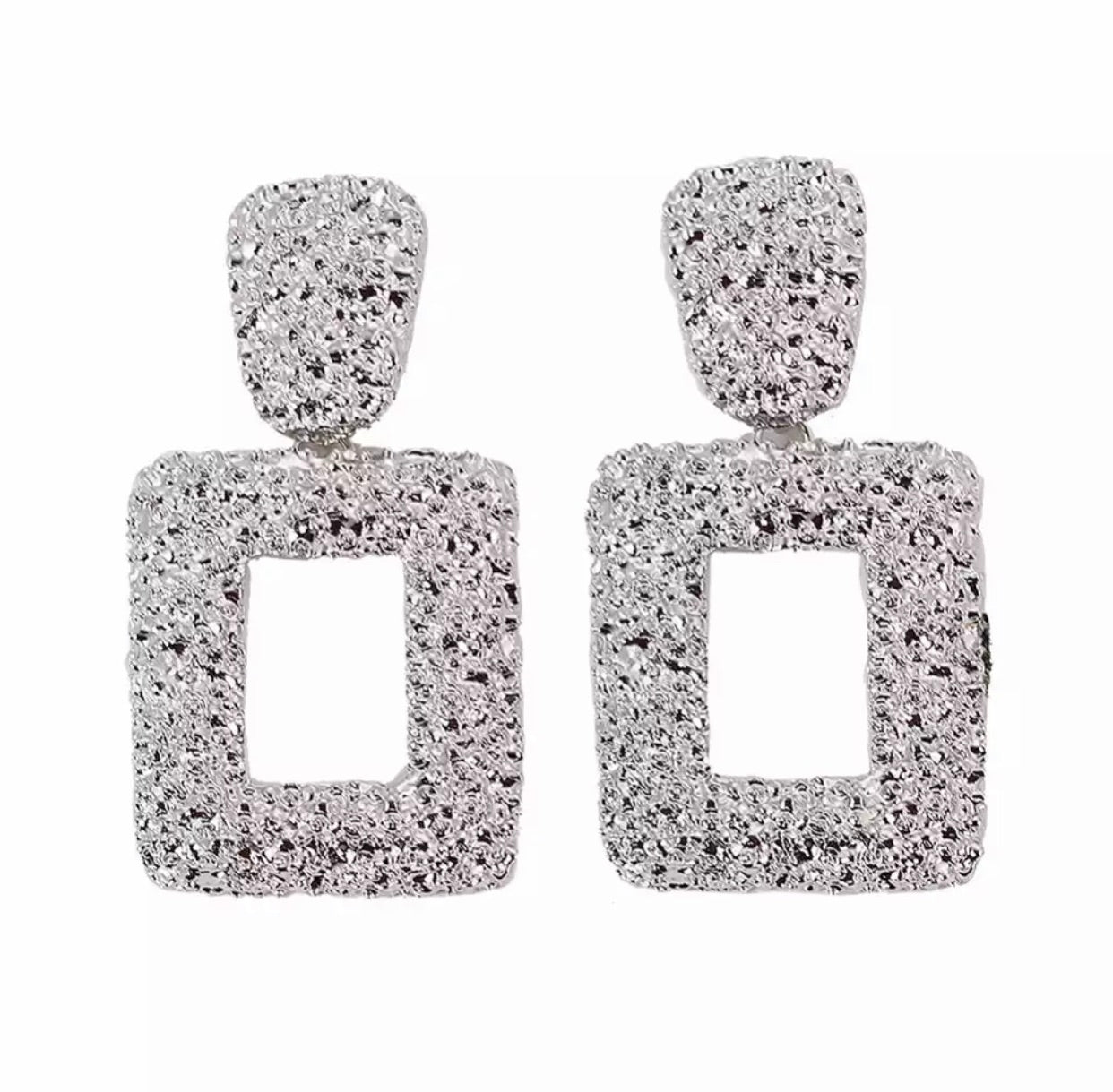 Samira - Square textured statement earring - 3 colours