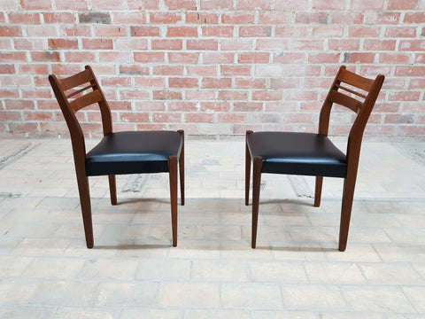 Set of 6 Danish Mid Century Modern Moller Style Dining Chairs