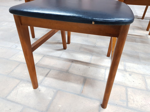 Image of Set of 6 Mid-Century Modern Danish Vintage Moller styleDining Chairs