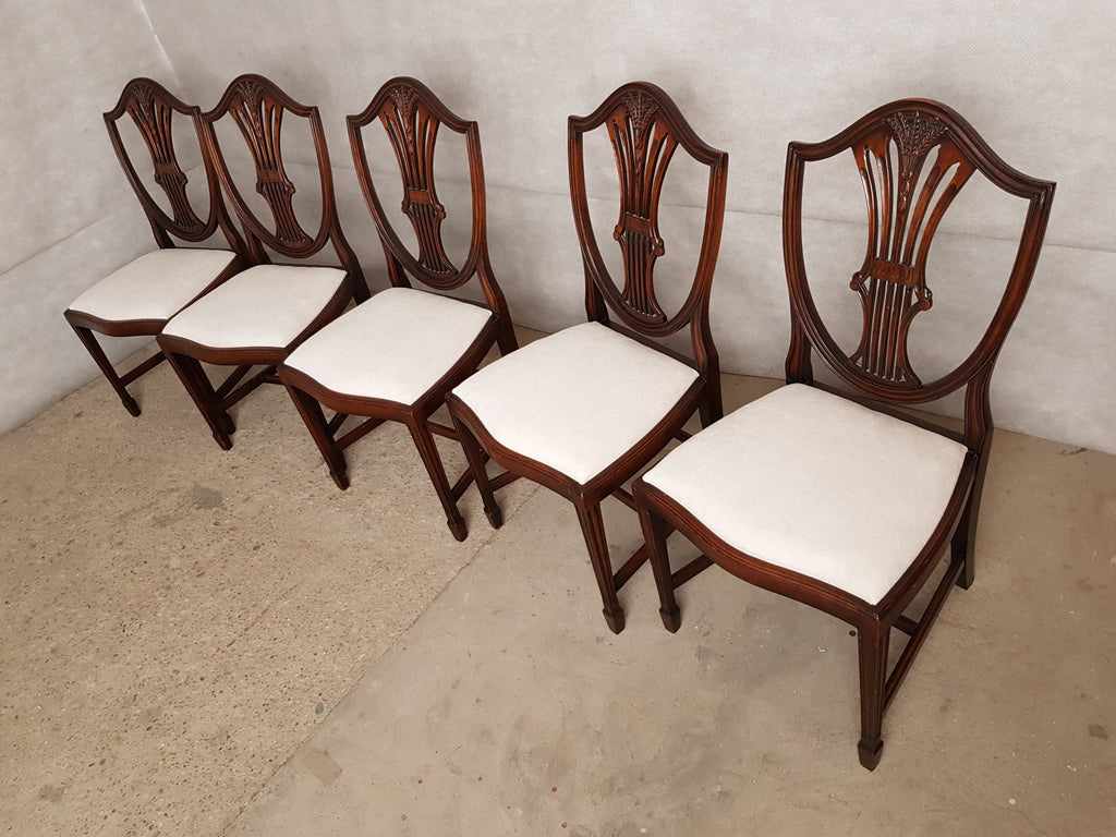 Set of 5 Hepplewhite Style Mahogany Shield Back Reupholstered Hand Carved Dining Chairs