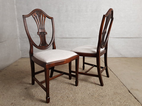Image of Set of 5 Hepplewhite Style Mahogany Shield Back Reupholstered Hand Carved Dining Chairs