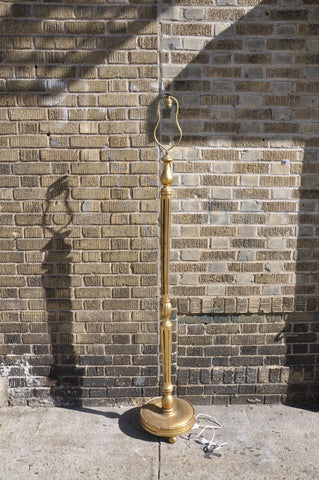 Vintage French Gilded Louis XV Floor Lamp With Turned Fluted Single Pedestal on a Round Support