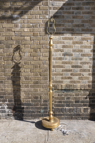 Image of Vintage French Gilded Louis XV Floor Lamp With Turned Fluted Single Pedestal on a Round Support