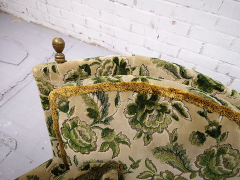 French Vintage Louis XV Style Floral Velvet Upholstery Mid Century Settee sofa