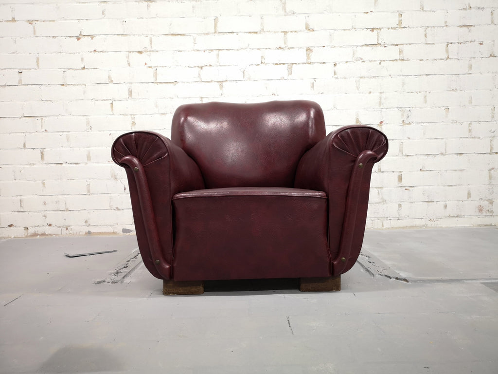 Set of 4 Rare Vintage Mid-Century Modern Burgundy Club Lounge Chairs