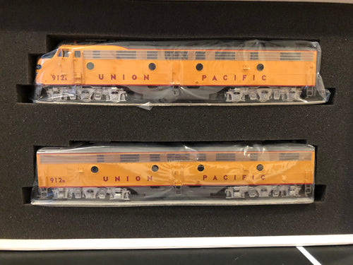 HO Brass - Challenger Imports CIL 2121.1 Union Pacific E9 AB set factory MINT