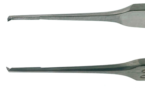 CASTROVIEJO Suturing Forceps, 1x2 teeth, with tying platform, tip 1.5mm, wide handle, 4¼""