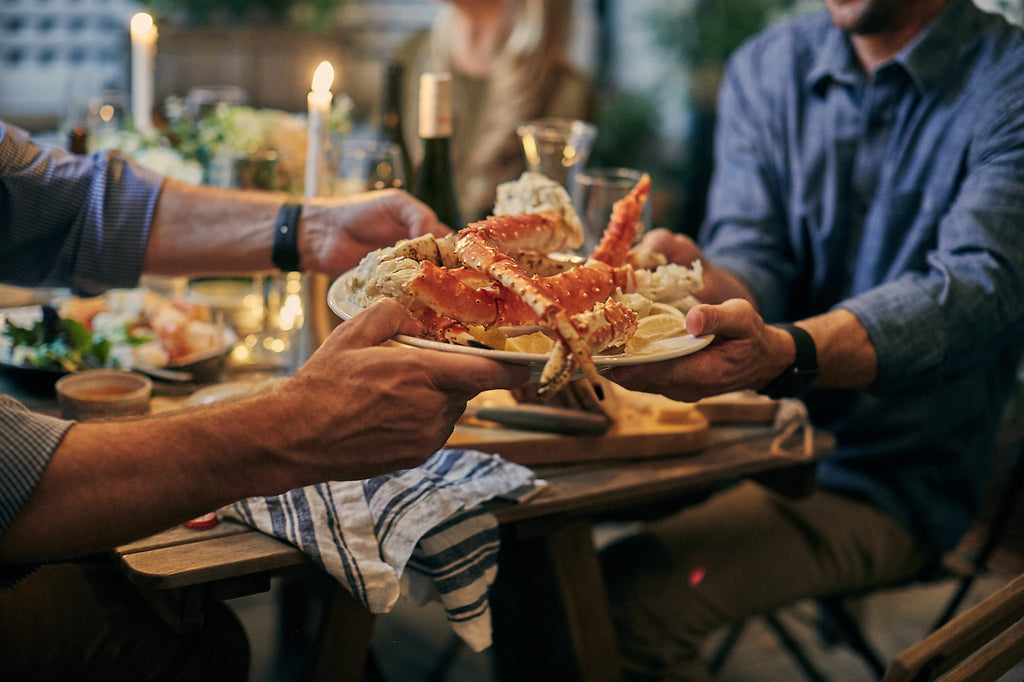 How to Steam Alaskan King Crab Legs on an Open Grill