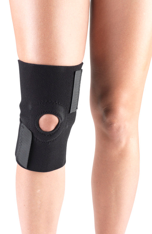 KNEE WRAP WITH PATELLAR STABILIZING PAD