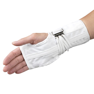 FRONT OF REVERSIBLE CLOTH WRIST SPLINT