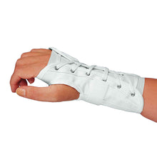 SIDE OF REVERSIBLE CLOTH WRIST SPLINT