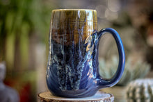 Load image into Gallery viewer, 16-D Mossy Wave Textured Gourd Mug, 18 oz.