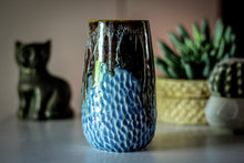 Load image into Gallery viewer, 08-D New Wave Textured Mug, 18 oz.