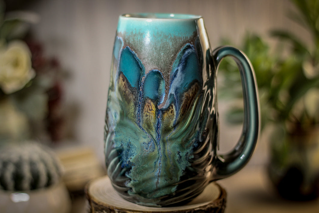28-B Blue Lagoon Textured Notched Mug - MISFIT, 19 oz. - 20% off