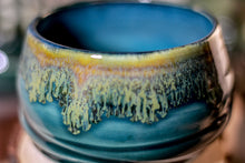 Load image into Gallery viewer, 31-F Spanish Moss Textured Bowl,12 oz