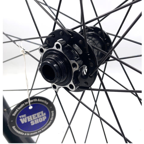"Image of Fratelli 27.5"" FX 40 Plus DT Swiss 240S / Eclypse Thru Axle Black Disc Race Whee"