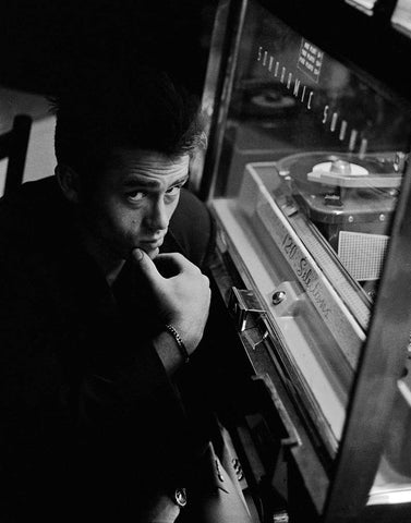 James Dean photographed by Roy Schatt.