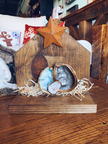 Oyster Shell Nativity