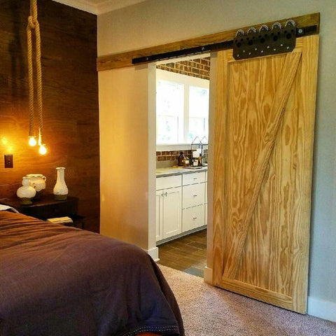 Z Barn Door with Warehouse Track