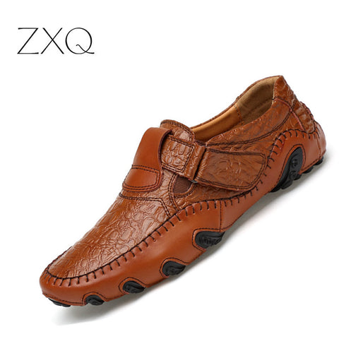 New Design  Spring Summer Men Flat Shoes Soft Split Leather Male Moccasin Driving Loafers Shoes Casual Sapatos Homens