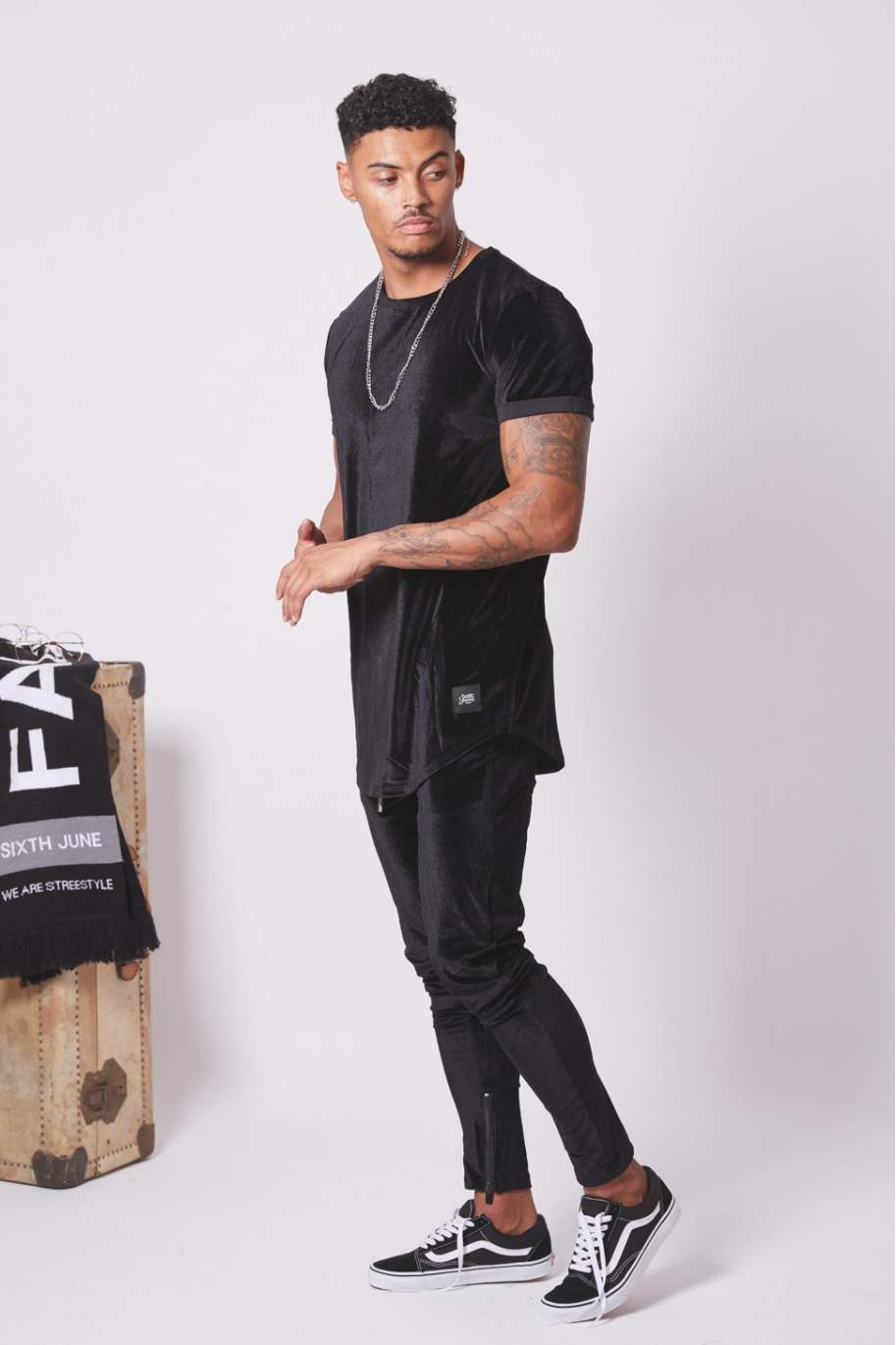 Sixth June Longline Velour T-Shirt - Black