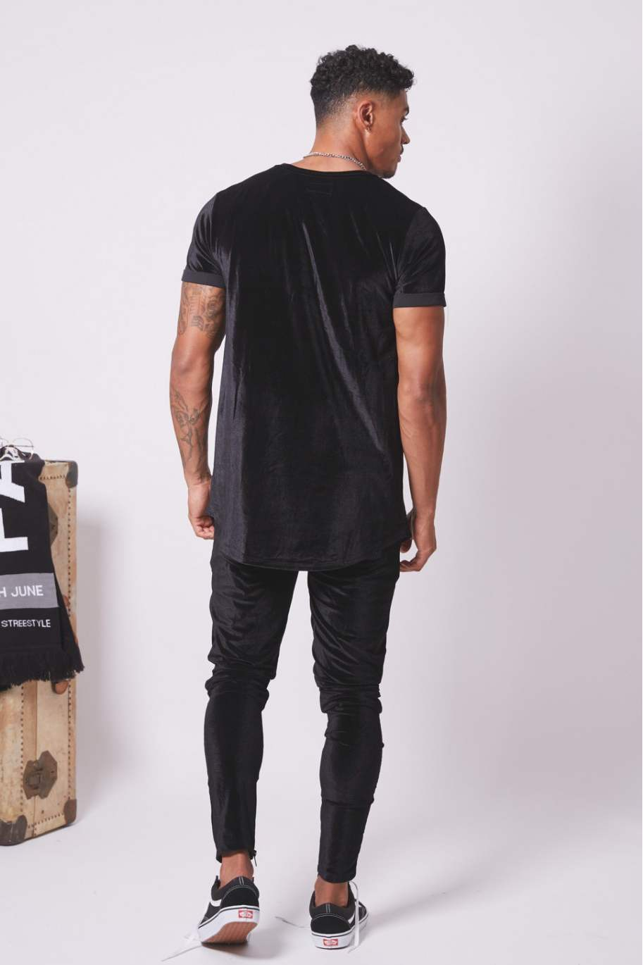 Sixth June Longline Velour T-Shirt - Black - 2