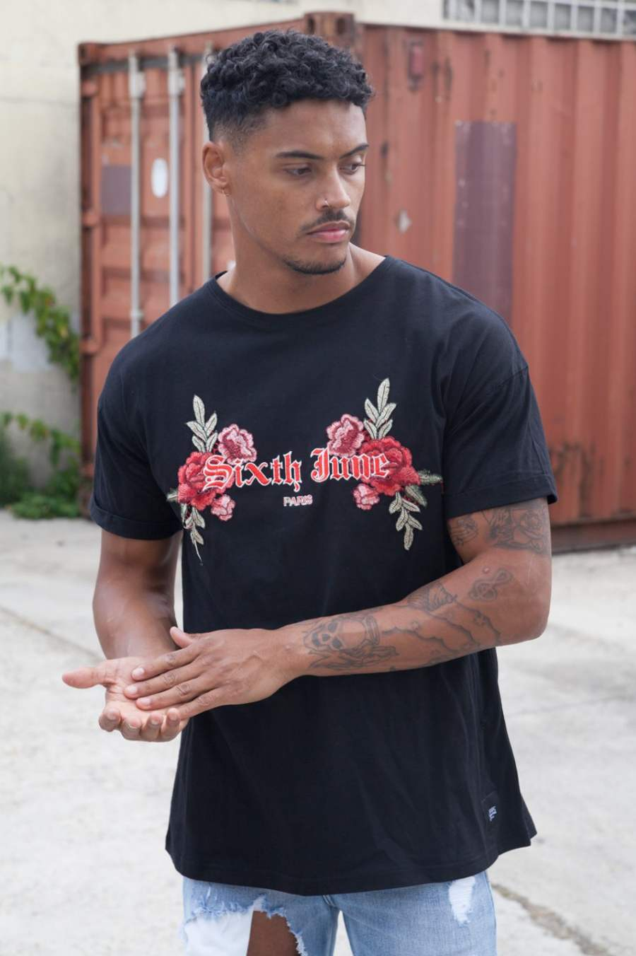 Sixth June Paris Oversized Rose Embroidered T-Shirt - Black