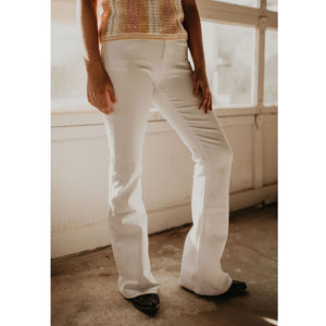 Diggin These White Flare Jeans - Shabby 2 Chic Boutiques