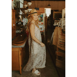 Major Flair Cheetah Print Maxi Dress