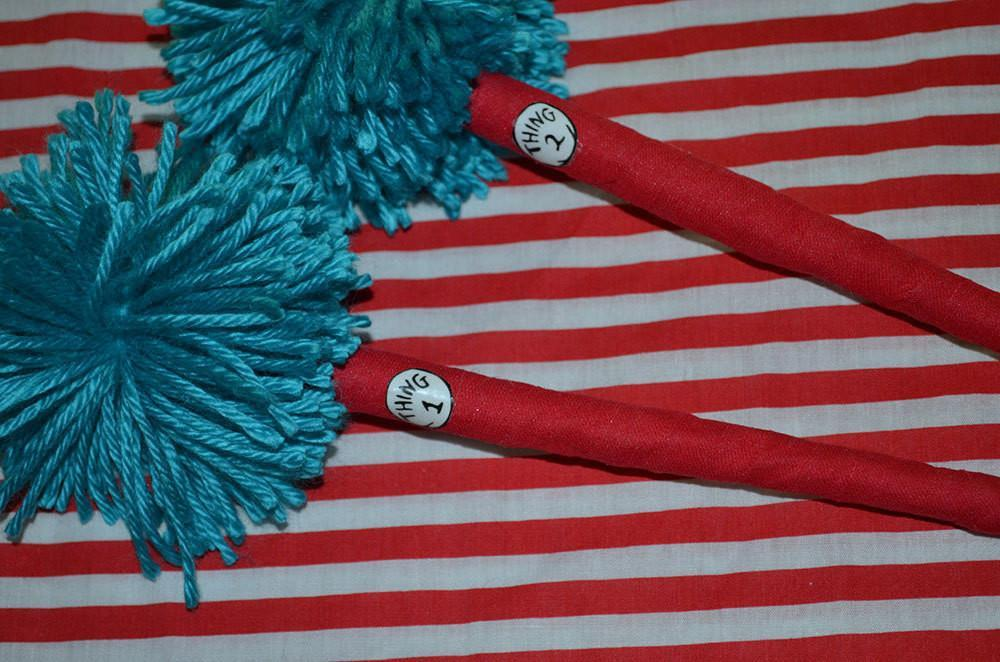 Cat in the Hat Pen Cup with Thing 1 and Thing 2 pens