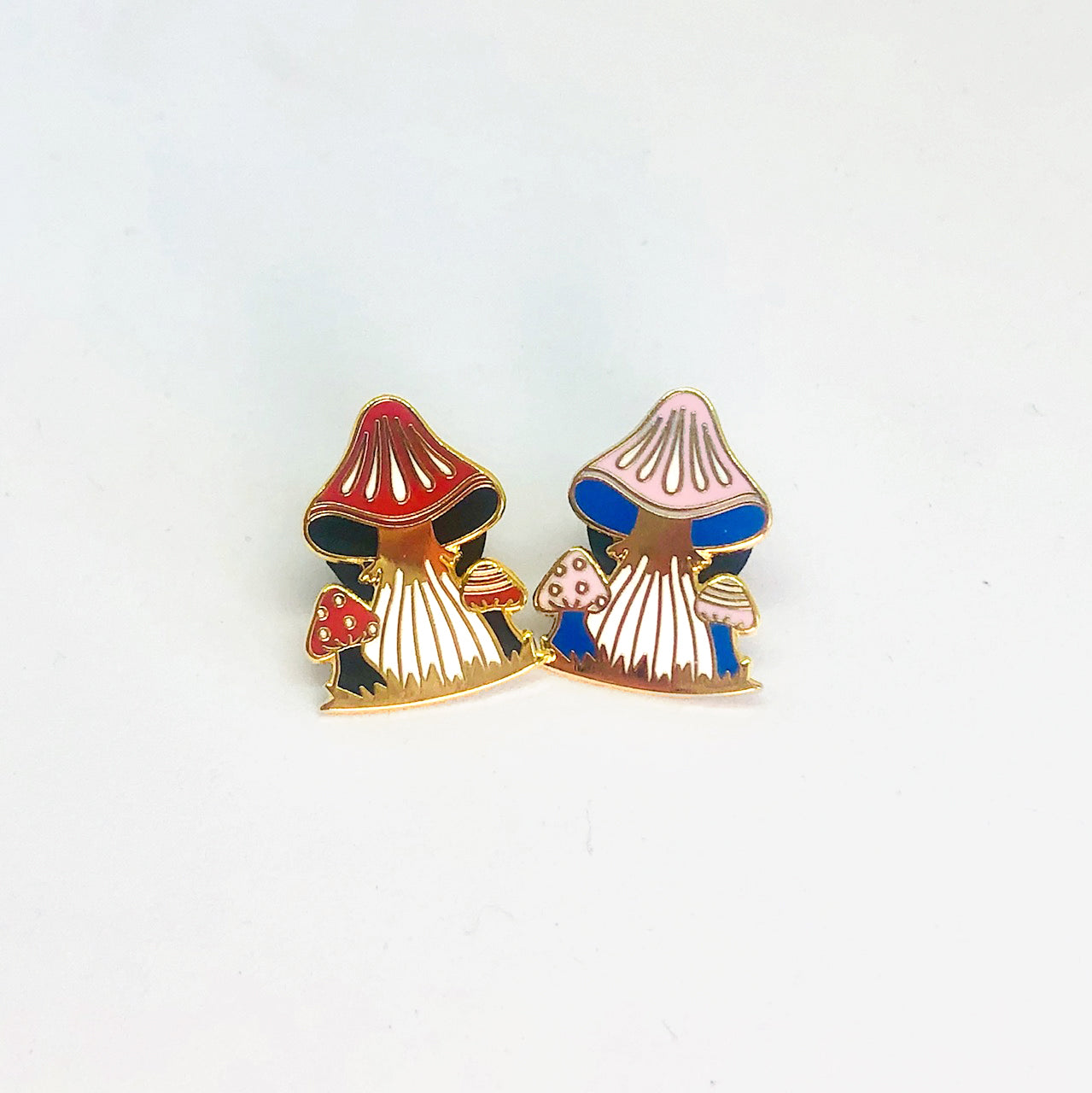 Mushrooms (blue) - Enamel Pins