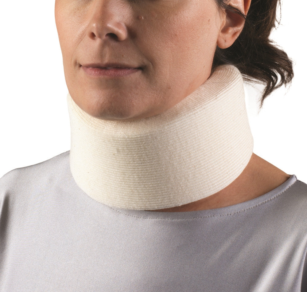 --Front of FOAM CERVICAL COLLAR / SOFT--