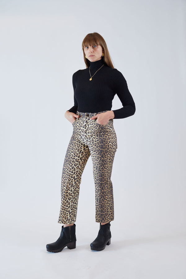 Tuesday Jean Leopard Canvas