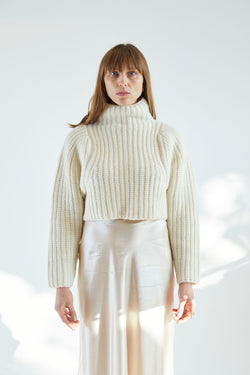 Crop Turtleneck Crema