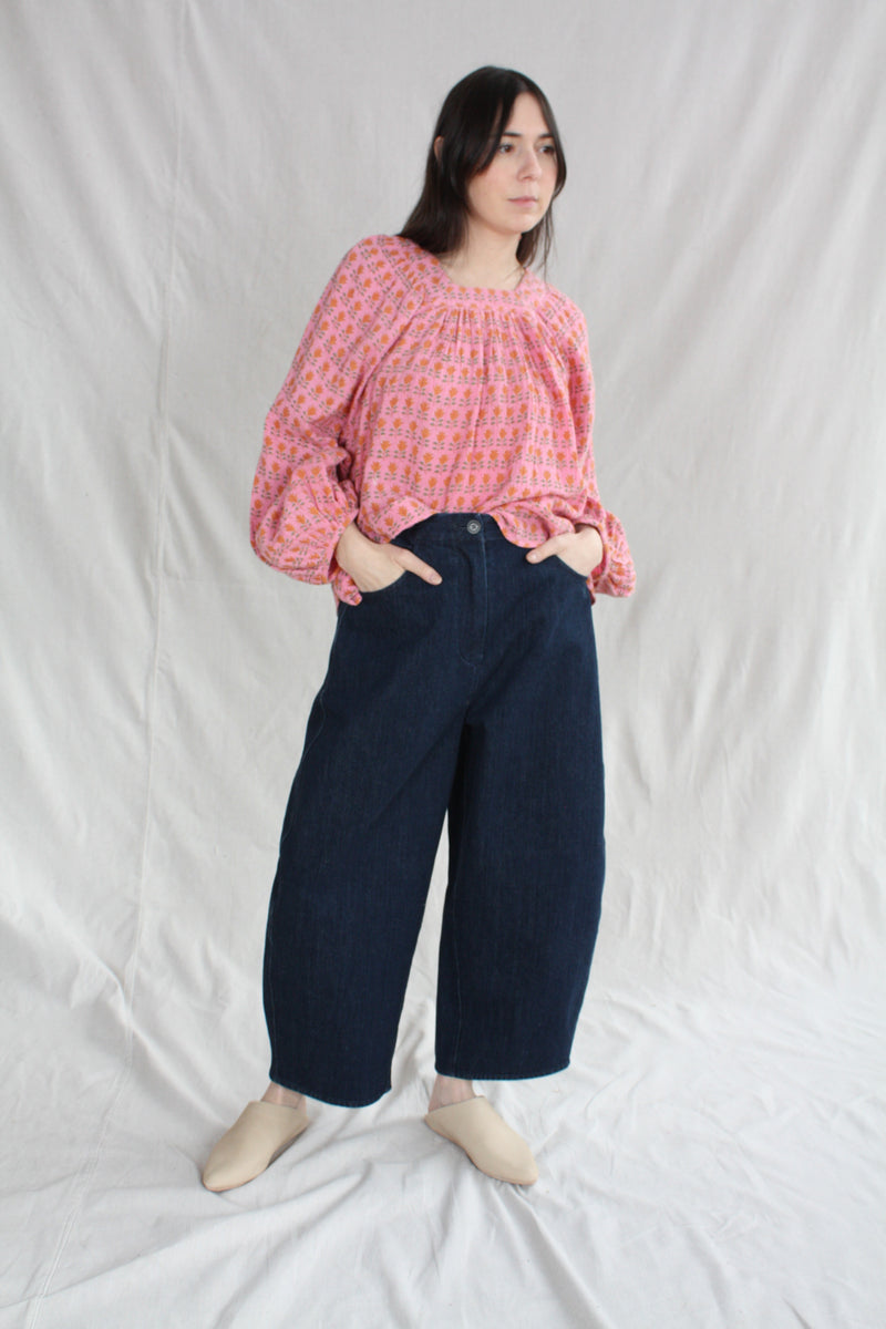 Lou Clog on Mid Tread White