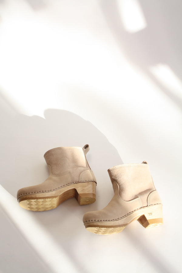 5'' Pull On Shearling Clog Boot on Mid Heel Bone Suede