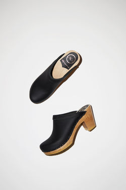 Old School Clog on High Heel Black