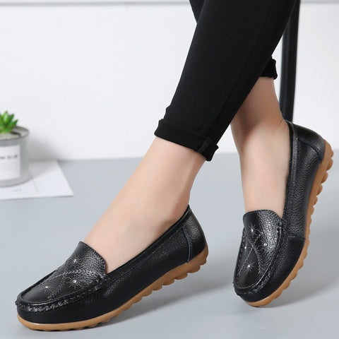2018 new leather shoes soft bottom shoes