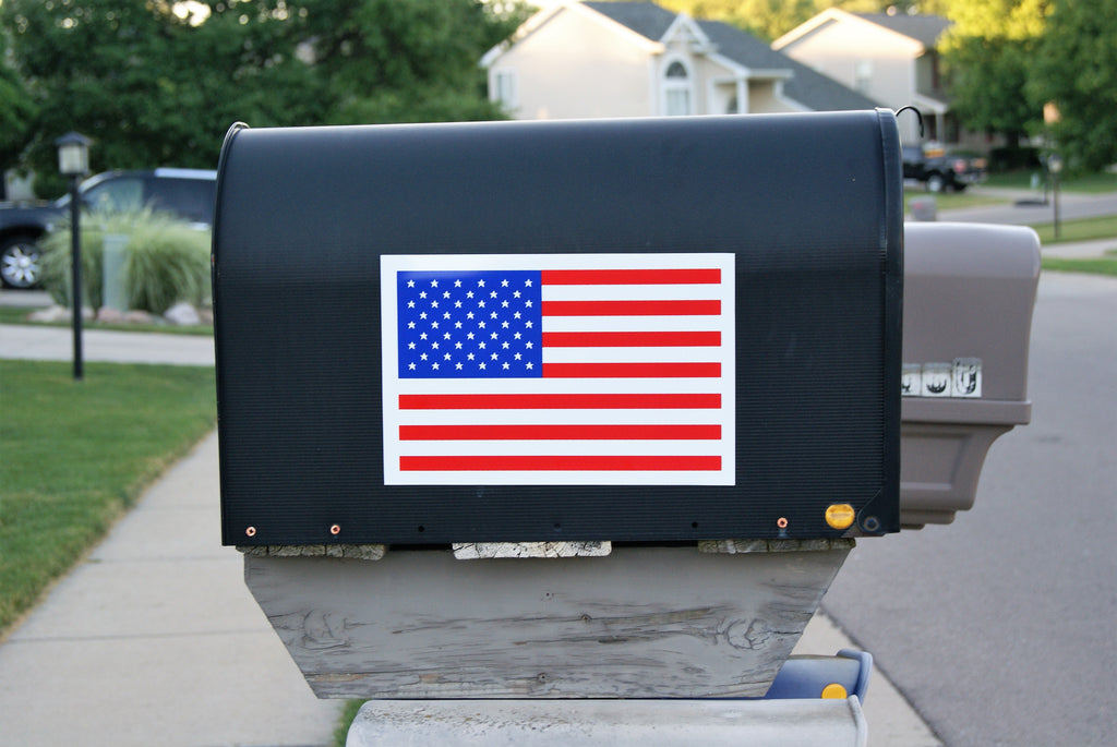 "8"" x 11"" Magnetic American Flag Decal"