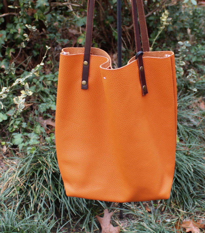 Dollaro Orange Tote