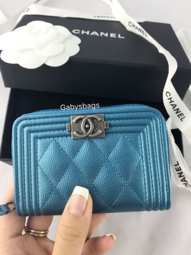 NWT CHANEL Le Boy Metallic Turquoise Caviar O Coin Card Holder Wallet 17K Iridescent