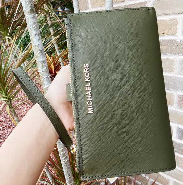 Michael Kors Jet Set Double Zip Wristlet Phone Wallet Duffle Green Saffiano