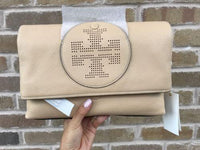 NWT Tory Burch Perforated Logo Fold Over Crossbody Clutch Sand Dune Beige Bombe