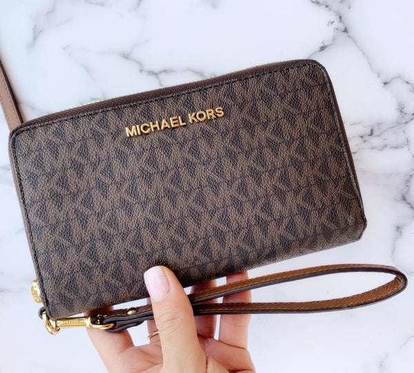 Michael Kors Jet Set Travel Large Flat Multifunction Phone Case Wallet Brown - Gaby's Bags