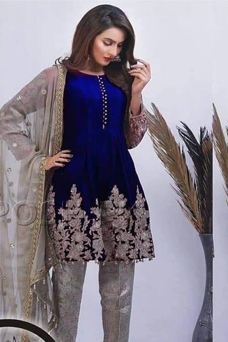 Zainab Chottani ZC-43 Blue Embroidered Velvet Three piece Winter Collection