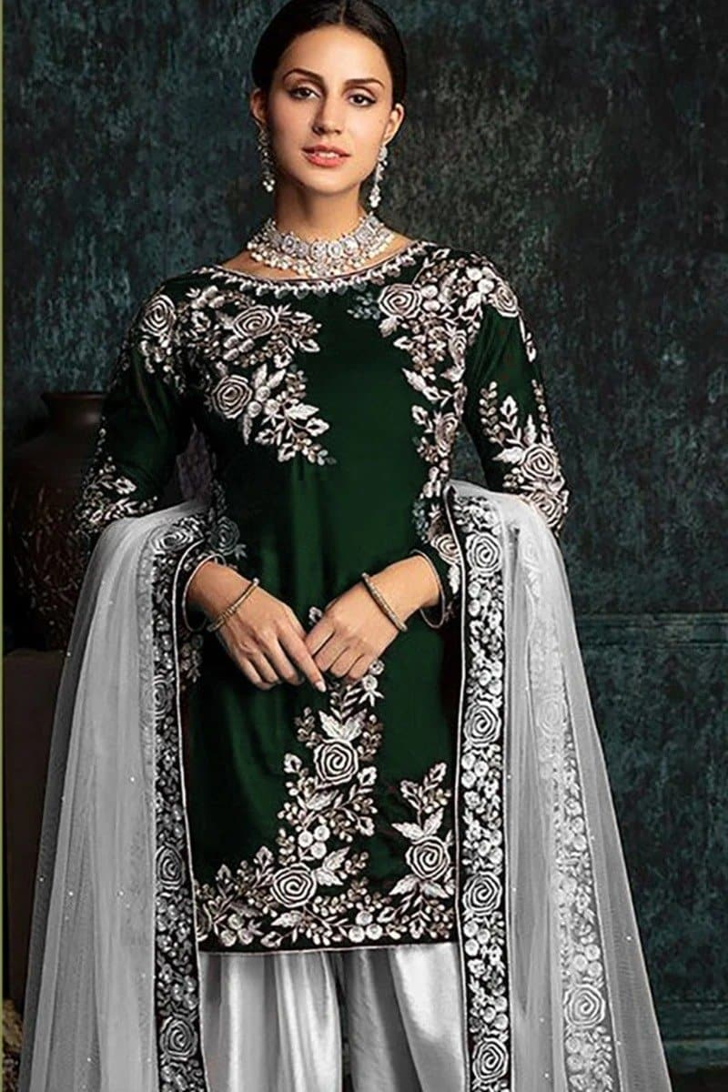 Zainab Chottani ZC-42 Green Embroidered Velvet Three piece Winter Collection